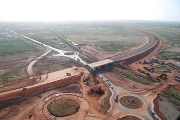 Sénégal_wp_Chantier Prolongement de l'Autoroute Dakar Diamniadio_Eiffage Senegal